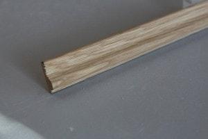 Cimaise chêne massif épaisseur : 9 mm ; largeur:  28 mm - vue 1