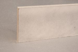 Plinthe médium ( MDF) prépeint blanc bord droit 15 x 100 mm - vue 2