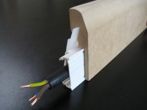 Plinthe electrique medium