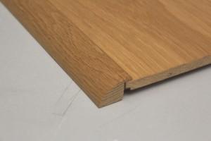 Barre de seuil à recouvrement chêne massif pour parquet 18 mm - vue 1