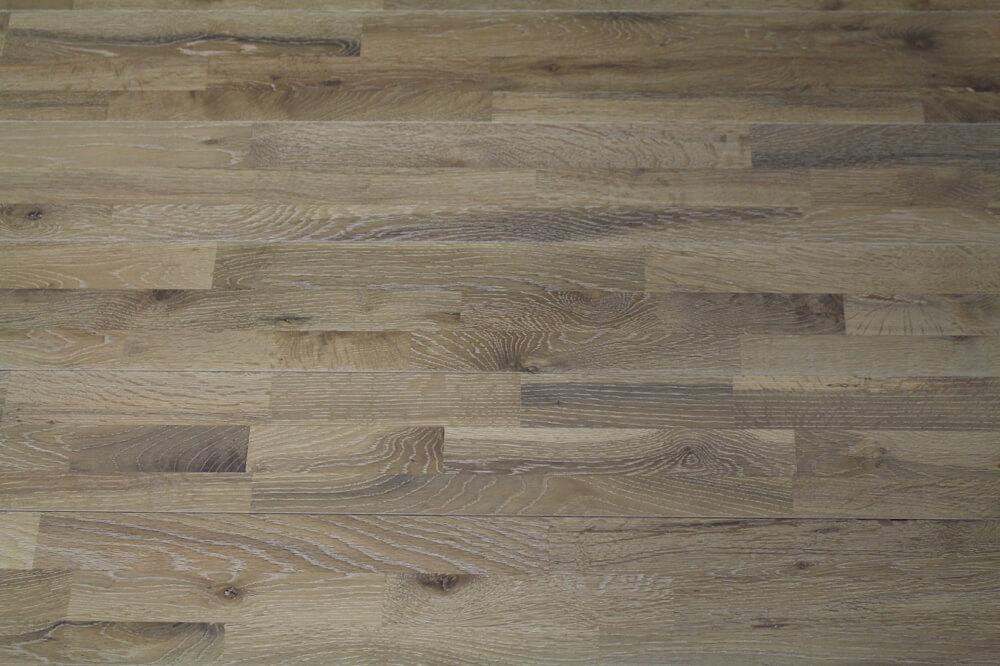 parquet chene blanchi 15 x 120 mm bois massif. Black Bedroom Furniture Sets. Home Design Ideas