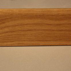 Plinthe en chene massif 16 x 68 mm 1 bord arrondi