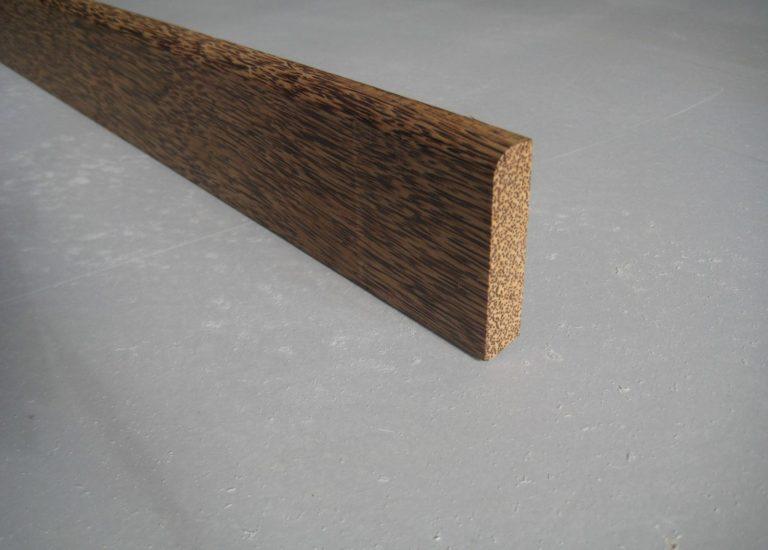 plinthe massive en cocotier 15 x 65 mm