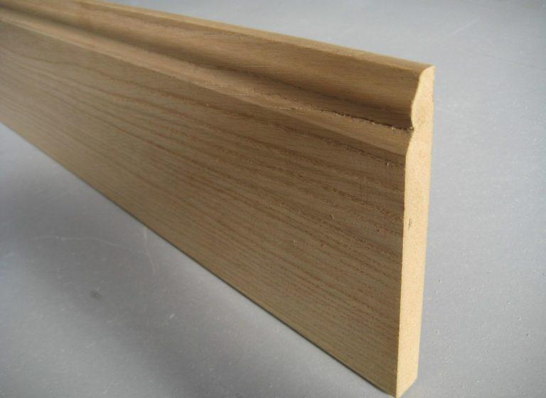 plinthe moulurée placage chêne 16 x 150 mm