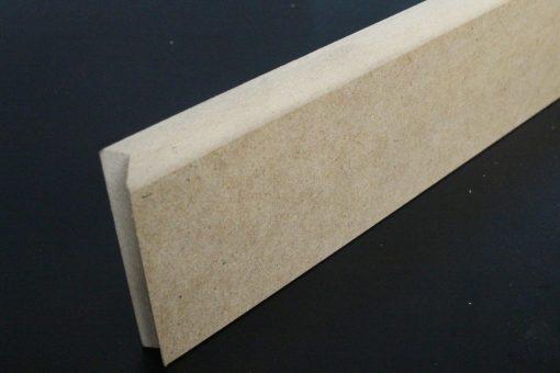Plinthe 12x80 avec un bord arrondi