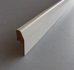plinthe électrique en papier blanc