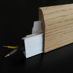 plinthe electrique placage chene