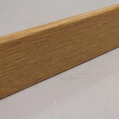 Plinthe mélaminée chêne arrondi 9 x 68