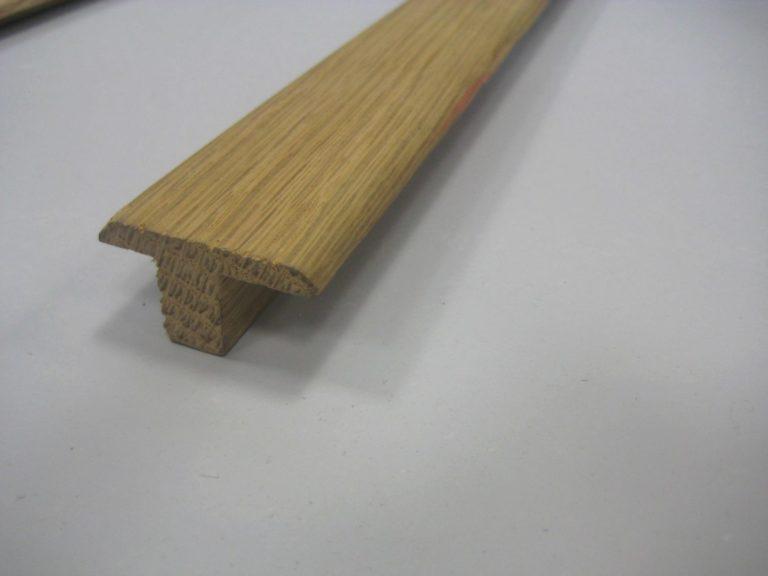 Barre de seuil à recouvrement en chene 21 x 35 mm