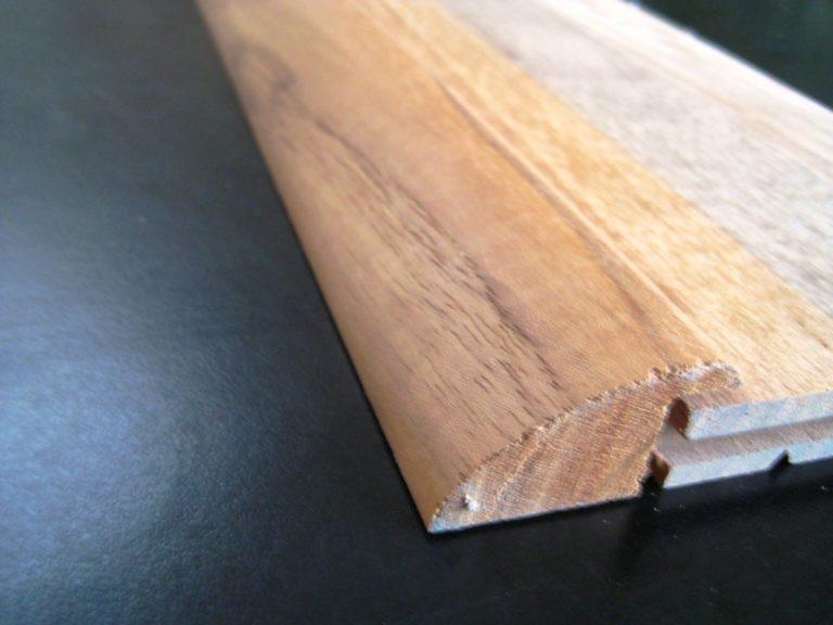 Barre de seuil en teck massif