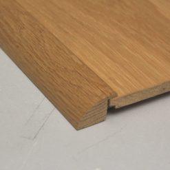 Barre de seuil à recouvrement 21 x 35 mm en chêne massif
