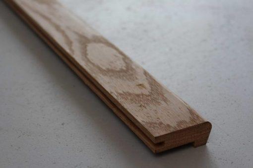 Nez de marche en chene massif 22 x 50 mm
