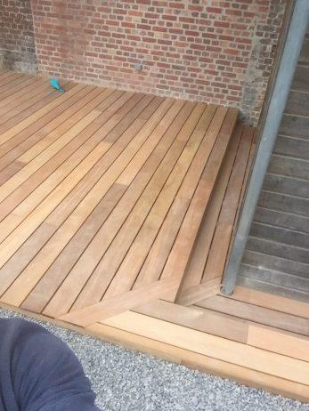 lame de terrasse en bois exotique bankirai