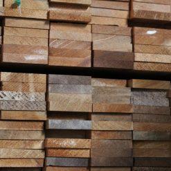 tasseau en bois exotique massif 10 x 50 mm