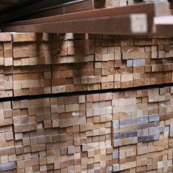 Carrelets en bois exotique masif 17 x 17 mm
