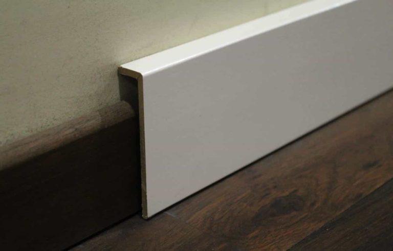 surplinthe blanche de rénovation 20 x 92 mm