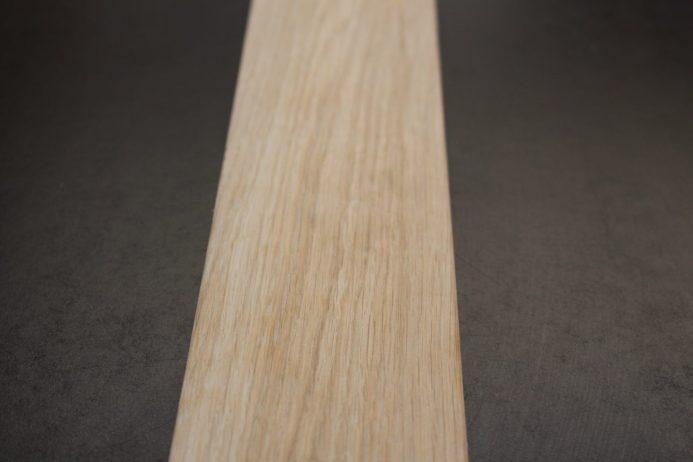 modern Frame in Oak