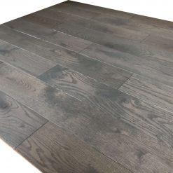 parquet chêne massif gris